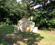 Mentone sign cropped